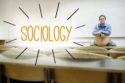 Richten Sie ihren Blick auf die Zukunft und Studieren Sie Soziologie. © WavebreakMediaMicro