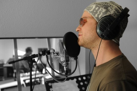 Produzieren sie Ihre eigene Musik oder die von hoffnungsvollen Nachwuchstalenten! © Uwe Messner - Fotolia.com