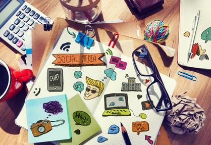 <strong>Der Fernkurs Grafik und Design vermittelt Ihnen wichtige Fertigkeiten wie zum Beispiel Zeichnen, Schriften, Typografie und Drucktechniken.</strong><br/>© Rawpixel - Fotolia.com