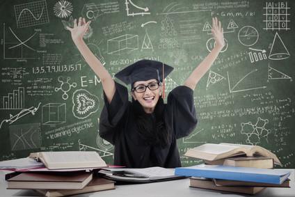 Informieren Sie sich jetzt über den passenden Schulabschluss. © Creativa - Fotolia.com