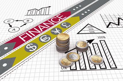 <strong>Möchten Sie wissen, was sich hinter den Begriffen Kapitalbedarf, Außen- und Innenfinanzierung versteckt? Dann ist der Fernkurs Investition und Finanzierung genau das Richtige für Sie.</strong><br/>© Petr Ciz - Fotolia.com
