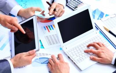 <strong>Der Fernkurs IT-Betriebswirt vereint die gefragte Doppelqualifikation von Informationstechnologie und Betriebswirtschaft.</strong><br/>© Tanusha - Fotolia.com