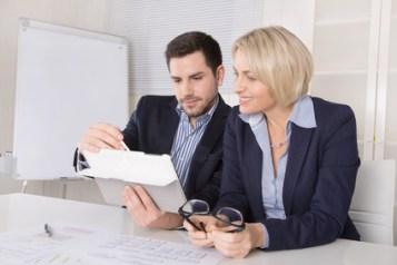 <strong< Der Controller/in hat eine hohe Entscheidungs- und Kontrollfunktion im Unternehmen.</strong><br /> © Jeanette Dietl - Fotolia.com
