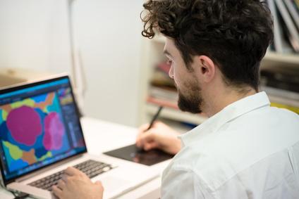 <strong>Der Medienwandel sorgt für eine erhöhte Nachfrage an qualifizierten Multimedia Designer/in.</strong><br/>© Eugenio Marongiu - Fotolia.com