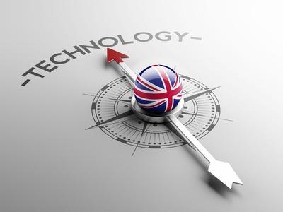 <strong>Der Fernkurs technisches Englisch vermittelt ihnen Sicherheit, Fachbegriffe richtig im Beruf und Alltag zu nutzen.</strong><br/>© xtock - Fotolia.com