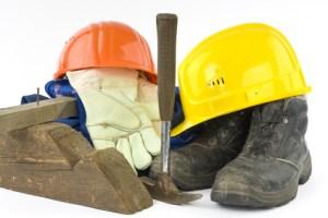 <strong>Gezielter Arbeitsschutz hilft, Unfälle zu vermeiden.</strong><br/>© Nik - Fotolia.com