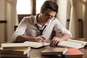 <strong>Ein guter Schriftsteller vereint Fantasie, Kreativität und grundlegende Stilformen des Schreibens.</strong><br />© BlueSkyImages - Fotolia.com