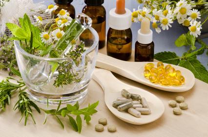<strong>Das Master-Fernstudium vereint die Kenntnisse und Erfahrungen von Naturheilkunde und komplementäre Medizin.</strong><br/>© pat_hastings - Fotolia.com
