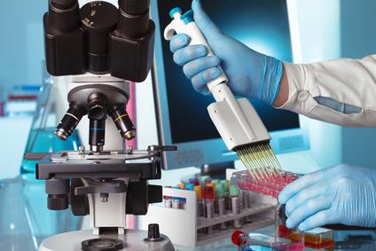 <strong>Bei der Biomedizin stehen die molekularen und zellbiologischen Grundlagen des Lebens und seine krankhaften Veränderungen im Mittelpunkt.</strong><br/>© angellodeco - Fotolia.com