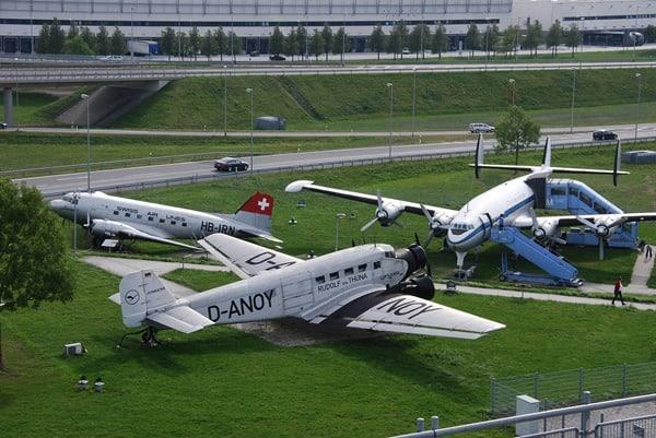 14_historische-Flugzeuge-Besucherpark-Flughafen-Muenchen