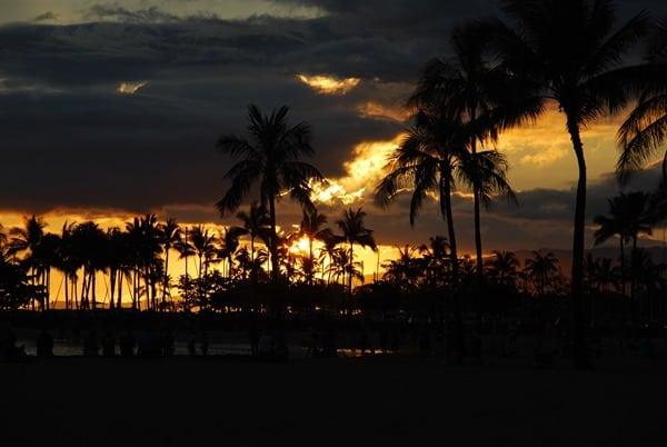 19_Sonnenuntergang-Waikiki-Beach-Oahou-Hawaii