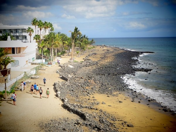 10_Strandpromenade-Playa-del-Carmen-Lanzarote