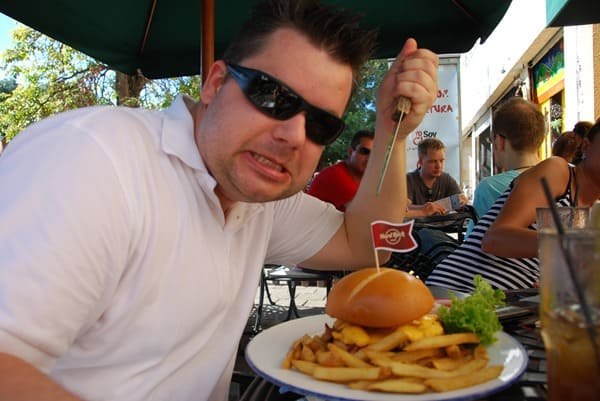 18_Daniel-Hard-Rock-Burger-Santo-Domingo-Dom-Rep