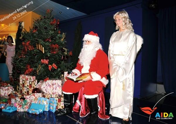20_Bescherung-Weihnachten-AIDAvita