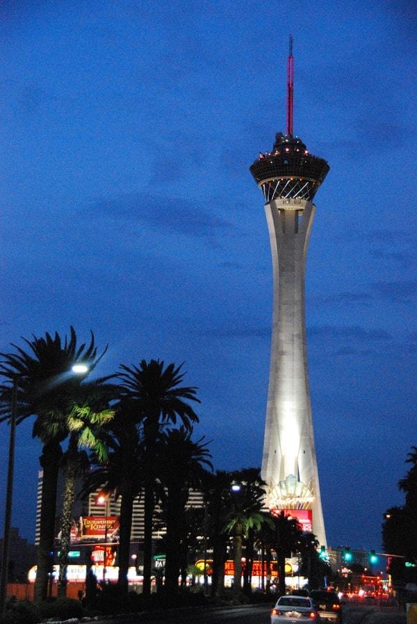17_Stratosphere-Tower-Las-Vegas-Dawn