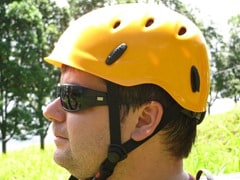 04_Reiseblogger-Daniel-Dorfer-mit-Helm