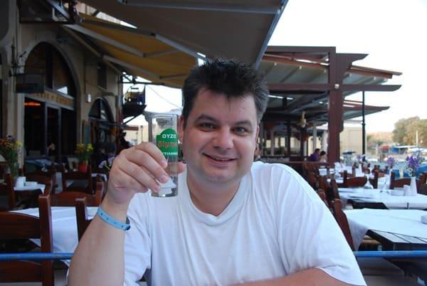 Reiseblogger Daniel Dorfer Ouzo Taverna Knossos Rethymnon Kreta Griechenland