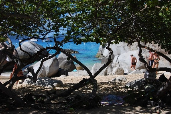 10_Strand-in-Sicht-The-Baths-Virgin-Gorda-British-Virgin-Islands