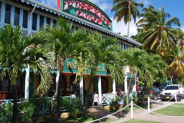 Tortola-Pussers-Old-Navy-Bar-Restaurant-British-Virgin-Islands-Karibik-Kreuzfahrt