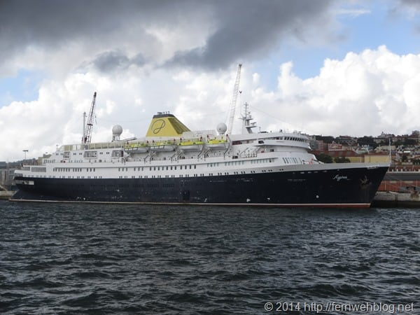 Hafenrundfahrt Lissabon Portugal Kreuzfahrtschiff Azores Stockholm DDR-Urlauberschiff Völkerfreundschaft Astoria