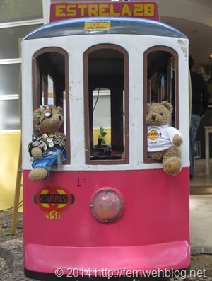 07_Jack-Bearow-Mini-Trambahn-Jardim-da-Estrela-Lissabon-Portugal