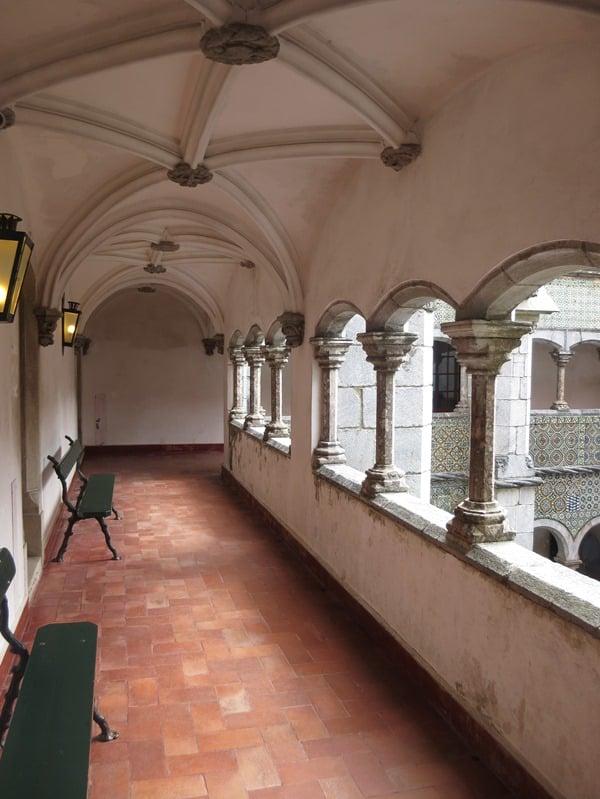 19_Rundgang-im-Palast-Palacio-Nacional-da-Pena-Sintra-Lissabon-Portugal