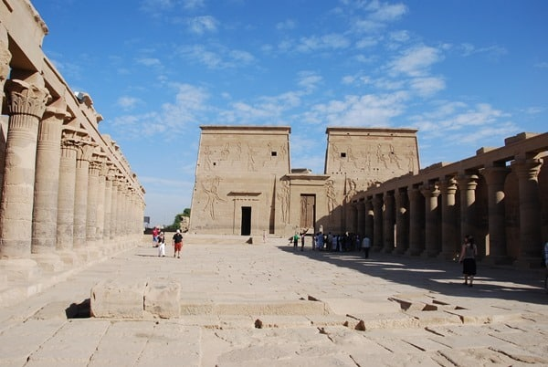 07_Pylon-Isis-Tempel-von-Philae-Assuan-Aegypten-Nilkreuzfahrt