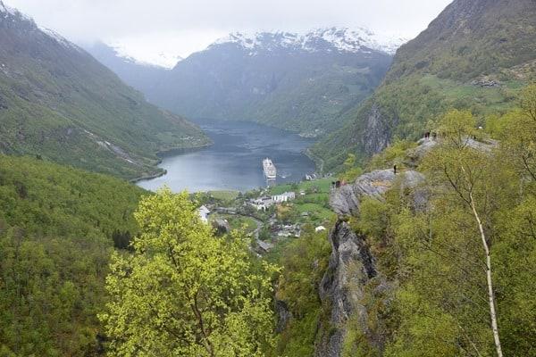 15_MSC-Sinfonia-Geiranger-Fjord-Norwegen