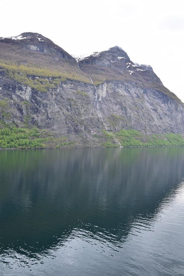Wasserfall Geirangerfjord Norwegen MSC Sinfonia Kreuzfahrt