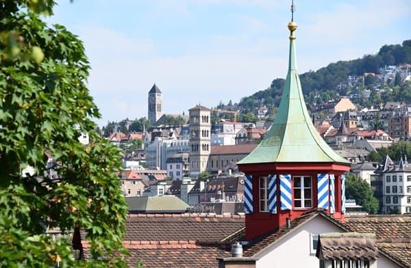 Blick auf Zürich Sehenswürdigkeiten Schweiz