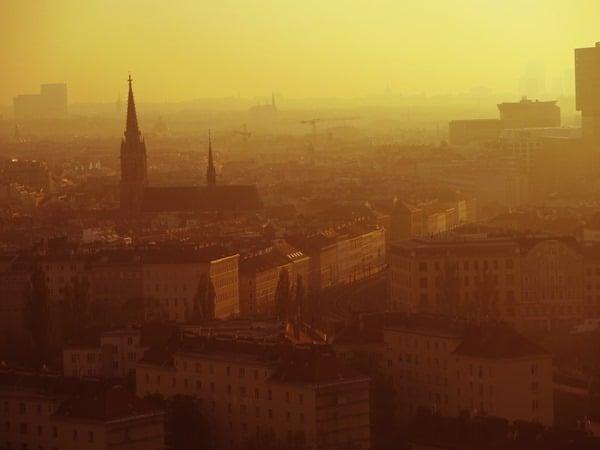 Flitterwochen wohin Wien Hochzeitsreise günstig Blick vom Riesenrad Prater Sonnenuntergang Österreich