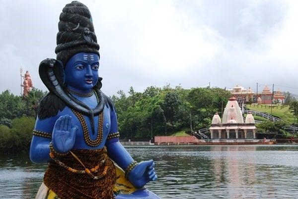 Hochzeitsreise wohin Mauritius Flitterwochen exklusiv Hindutempel Shiva