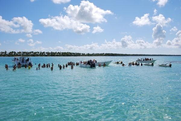 04_Seesterne-Meer-Karibik-Isla-Saona-Dominikanische-Republik