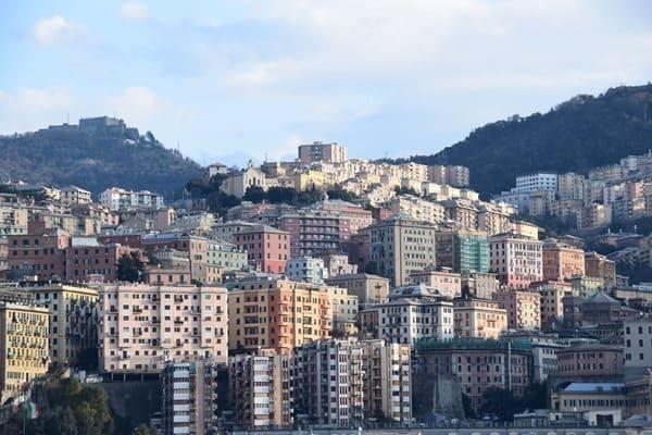 18_Ankunft-Hafen-Genua-Ligurien-Italien
