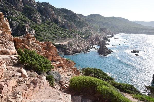 Steilküste Strand Li Cossi Costa Paradiso Sardinien Italien