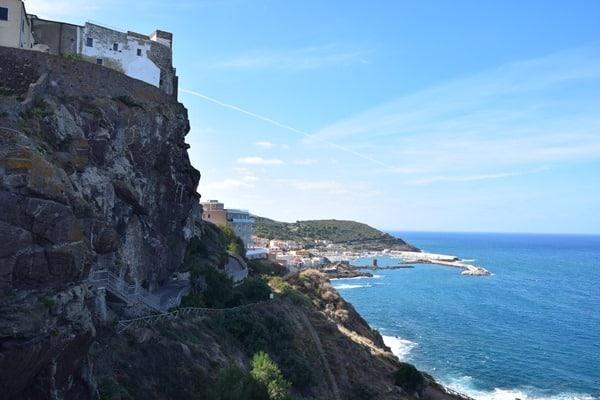 Castelsardo Sardinien Ausblick Felsen Mittelmeer Golfo dell' Asinara Italien