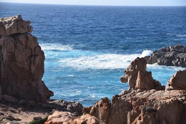 Bizzare Felsen Traumstrand Li Cossi Costa Paradiso Sardinien Italien