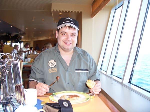 Kreuzfahrt Fruehstueck Kreuzfahrtschiff AIDAaura Kreuzfahrtblogger Daniel Dorfer