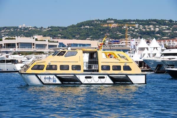 Tenderboot-Landgang-Wie-sieht-ein-typischer-Tag-auf-Kreuzfahrt-aus-Kreuzfahrtschiff
