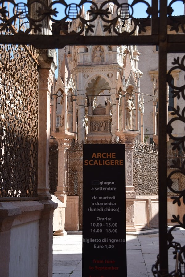 Verona Sehenswürdigkeiten Scaligergrab Scaligergrabstätten Italien