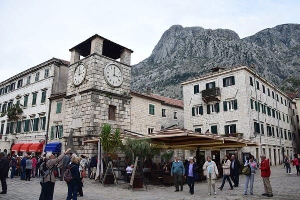 Kreuzfahrt oestliches Mittelmeer Altstadt Kotor Montenegro