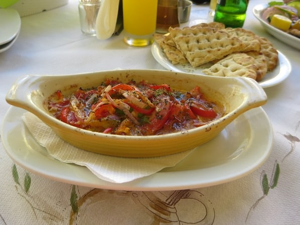 17_Kreuzfahrt-oestliches-Mittelmeer-Mittagessen-Saganaki-Restaurant-Bellissimo-Korfu-Stadt-Griechenland