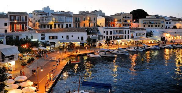 Urlaub-auf-Menorca-Hafen