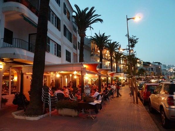 Urlaub-auf-Menorca-Stadt