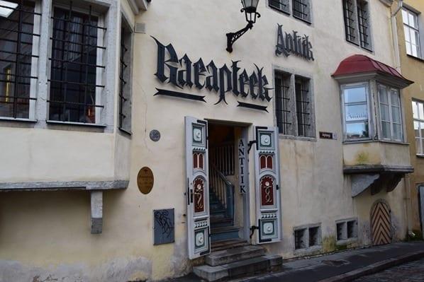 05_Tallinner-Ratsapotheke-Tallinn-Estland