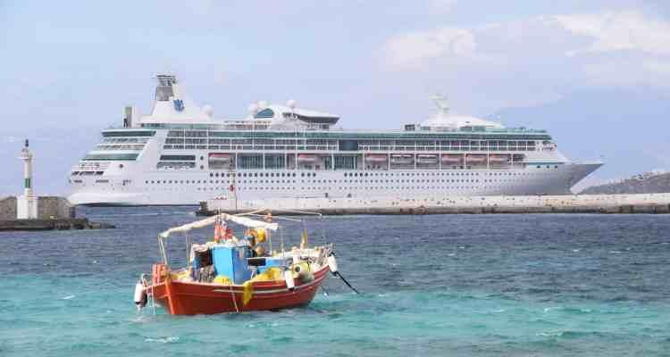 0 Kreuzfahrtschiff Vision of the Seas Mykonos Griechenland Tender