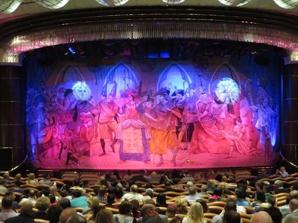 23_Theater-Kreuzfahrtschiff-Royal-Caribbean-Vision-of-the-Seas
