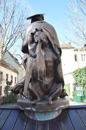 Regensburg Sehenswürdigkeiten Statue am Regensburger Dom Bayern Deutschland