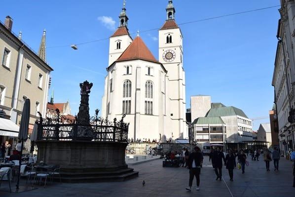 Regensburg Sehenswürdigkeiten evangelische Neupfarrkirche Bayern Sightseeing