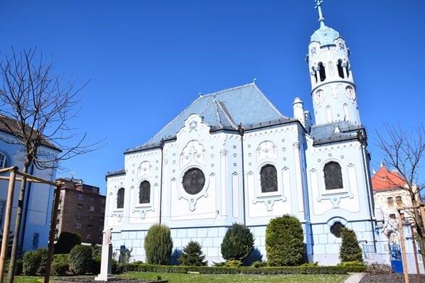 Sankt Elisabeth Kirche Blaue Kirche Braitslava Slowakei flusskreuzfahrt donau kreuzfahrt